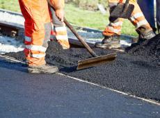 Hitte zorgt voor 50.000 euro schade aan gewestwegen