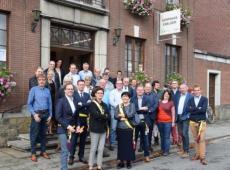 Het helemaal vernieuwde Dorpshuis in Emelgem werd feestelijk ingewijd. FOTO: SDI - nieuwsblad.be