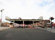 Afgelopen zomer bleef de Budabrug halverwege hangen. In totaal liet de moderne brug het zo'n 50 keer afweten, wat voor veel hinder voor scheepvaart- en wegverkeer zorgt. © JVGK