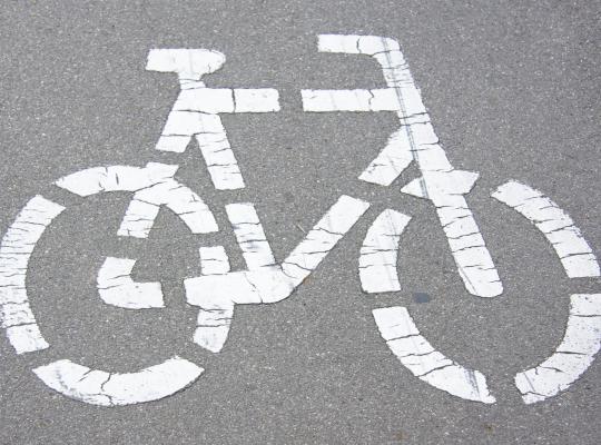 Nieuwe stap om kruispunt R8-Brugsesteenweg veiliger te maken