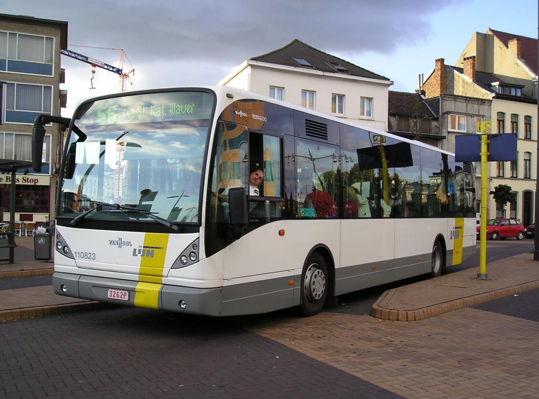 Corona zorgt voor 15 % minder busongevallen bij De Lijn. Dat blijkt uit het antwoord op een parlementaire vraag van Bert Maertens (N-VA